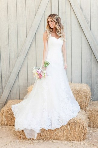 Romantic-Rustic-Garden-Wedding-dresses-in-California-Wedding