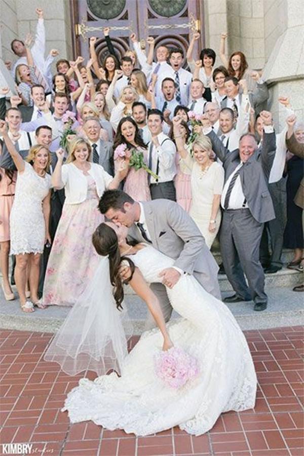 Unique Wedding Photos Creative Wedding Pictures Wedding Planning Ideas Etiquette