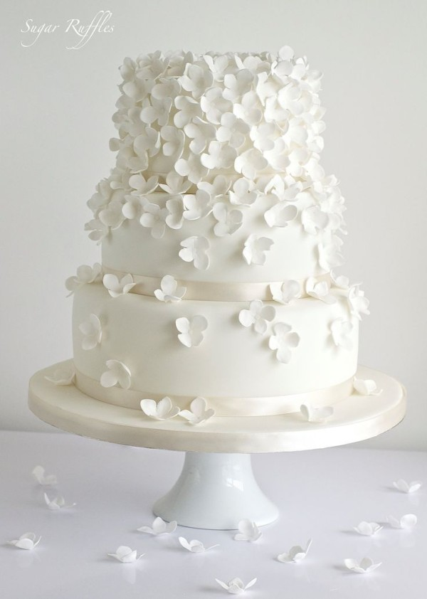 amazing floarl wedding cakes