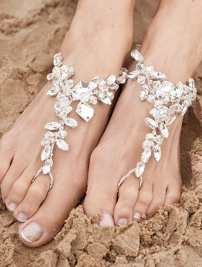 pretty beach wedding shoes for bridal beach wedding