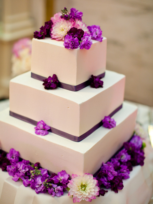 purple white wedding cakes