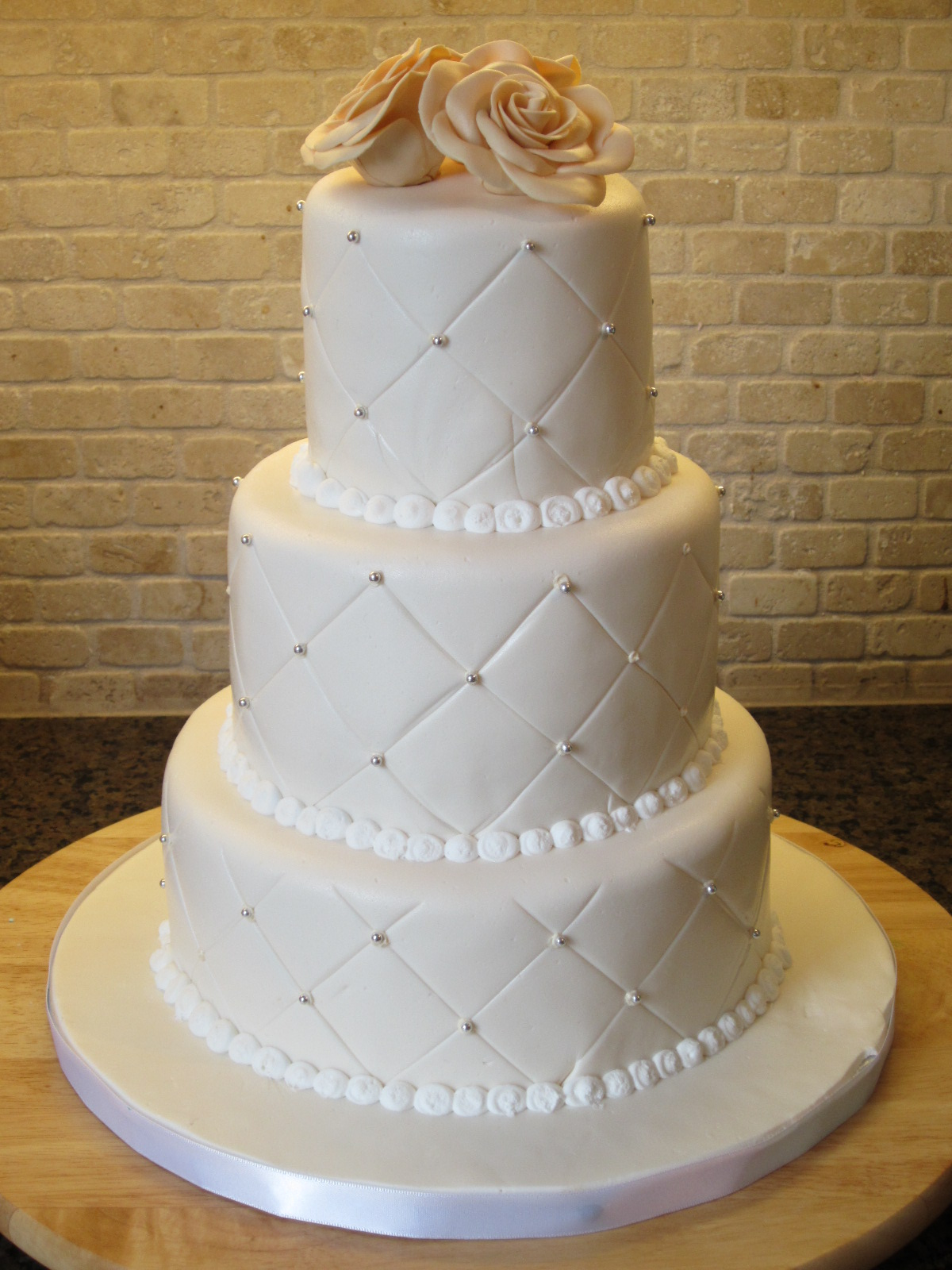 Wedding Cake 2 Simple And Elegant Three Tier White Round