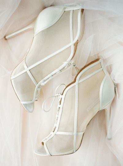 white wedding shoes theme dyeable
