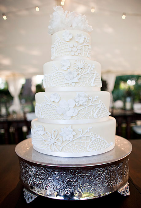 #winter-wedding-cakes-picture