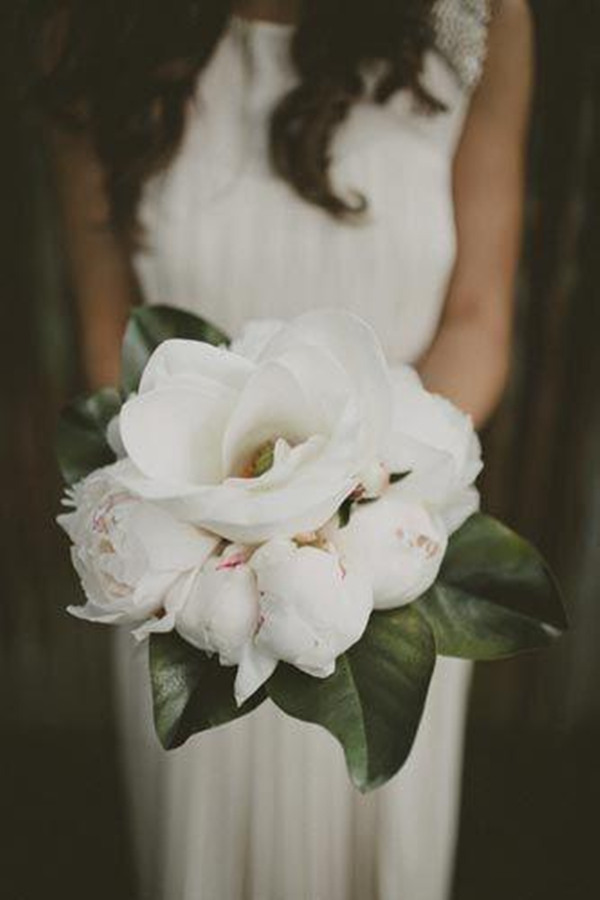 diy magnolia wedding flowers bouquet inspiration