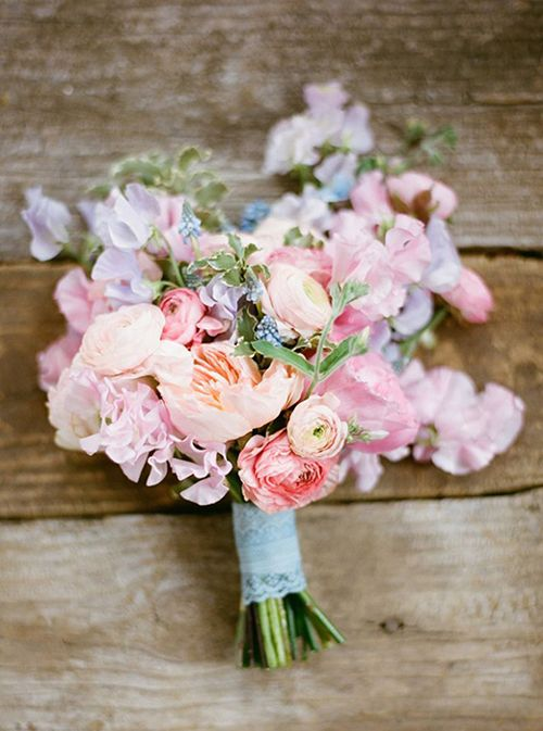 pink wedding flowers Sweet Pea bouquet Trends