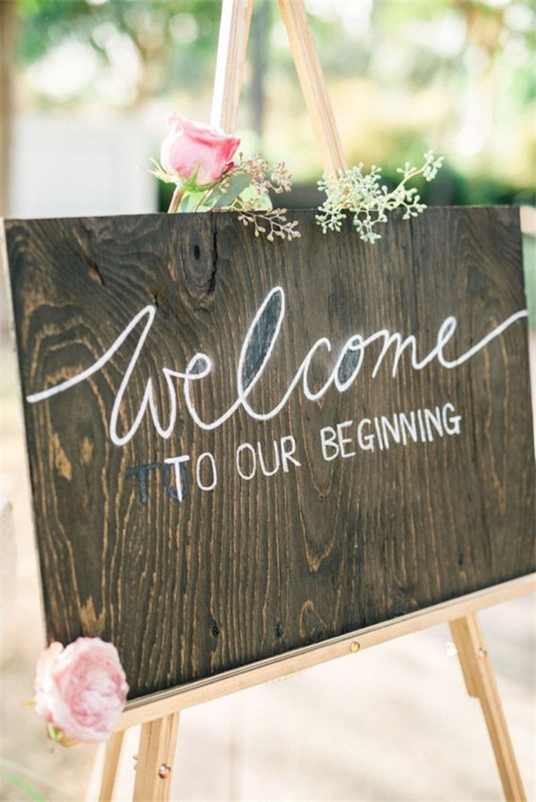 rustic and chalkboard Wedding Welcome Sign Ideas Your Wedding 1