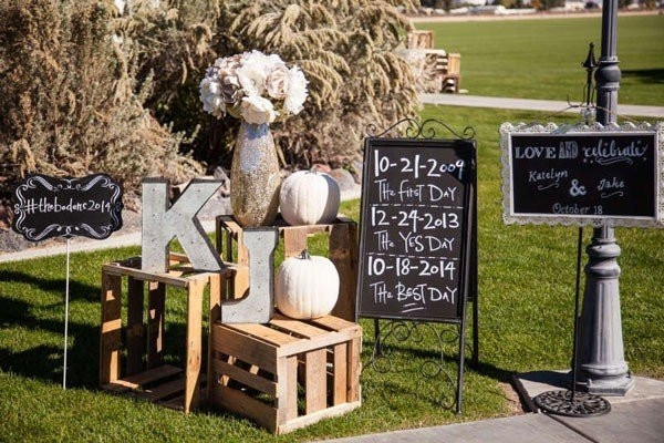 rustic and chalkboard Wedding Welcome Sign Ideas Your Wedding 13