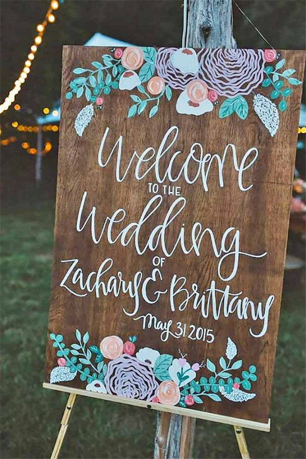 rustic and chalkboard Wedding Welcome Sign Ideas Your Wedding 20