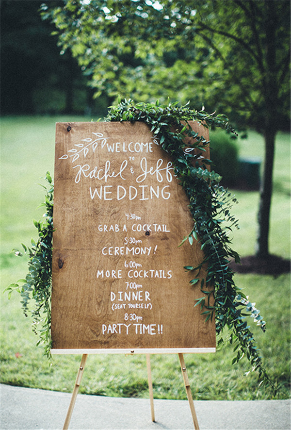 rustic and chalkboard Wedding Welcome Sign Ideas Your Wedding 8