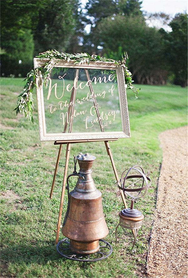 rustic and chalkboard Wedding Welcome Sign Ideas Your Wedding 9