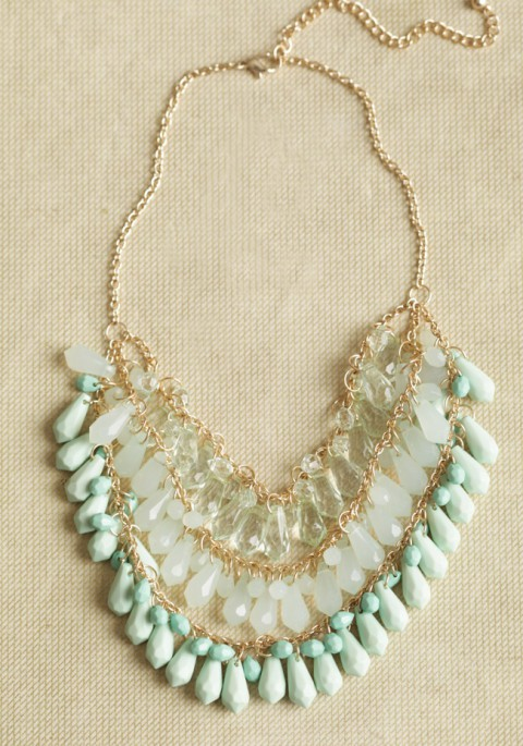 mint_and_gold_necklace