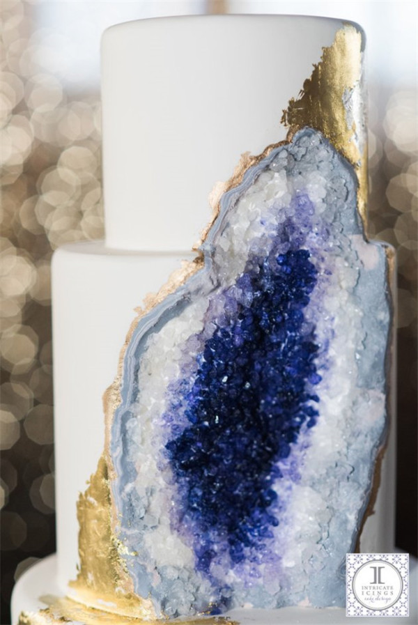 Stunning Geode Wedding Cake1