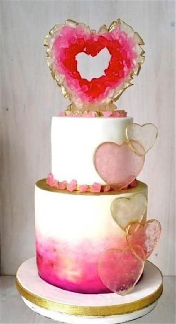 Sweet heart geode wedding cakes
