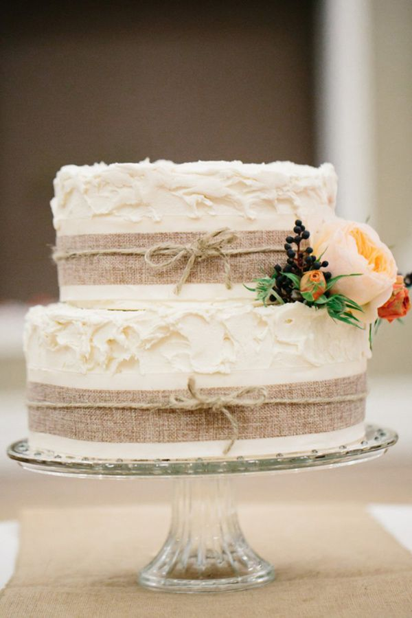 simple rustic wedding cake ideas 20 rustic country wedding cakes for the fall wedding 20015