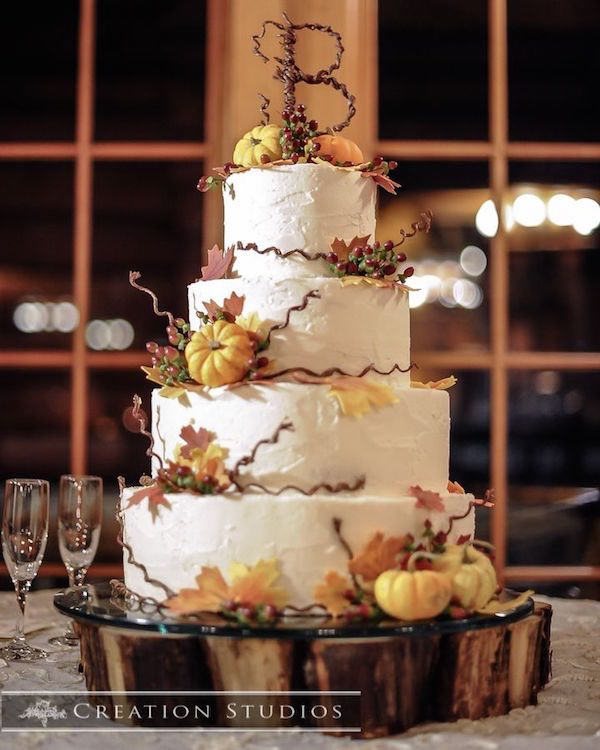 20 rustic country wedding cakes for the perfect fall wedding fall wedding cakes with leaves junglespirit Choice Image