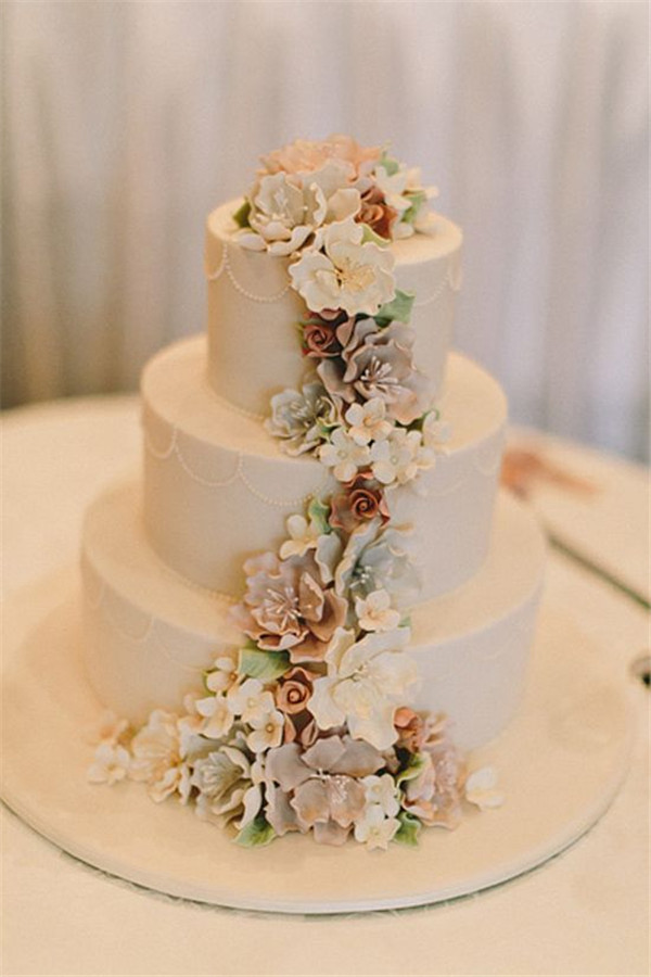 wedding cake with succulent