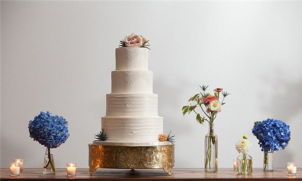 40 all White Wedding Cakes