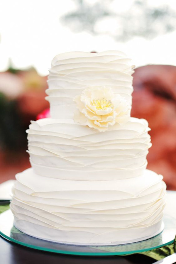 Simple White Cake Design : 40+ Elegant and Simple White Wedding Cakes Ideas - Page 3