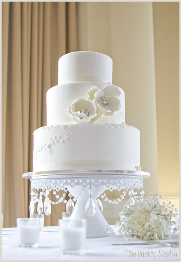 White and Crystal Cake