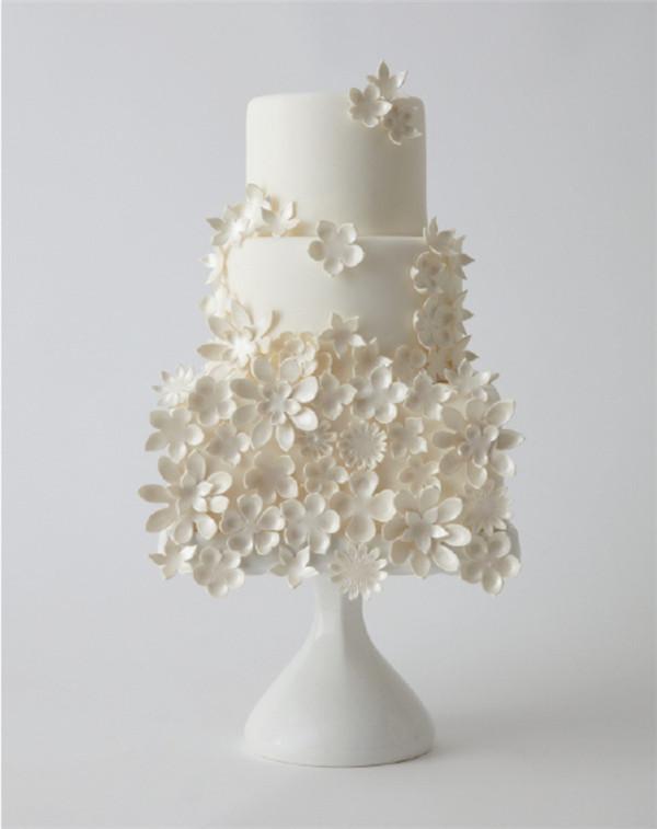 all white wedding cakes 1
