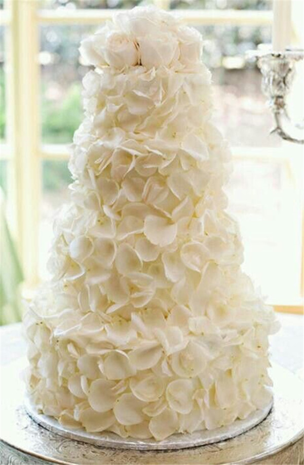 exquisite all white wedding cakes 17