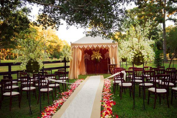 backyard wedding ideas 12