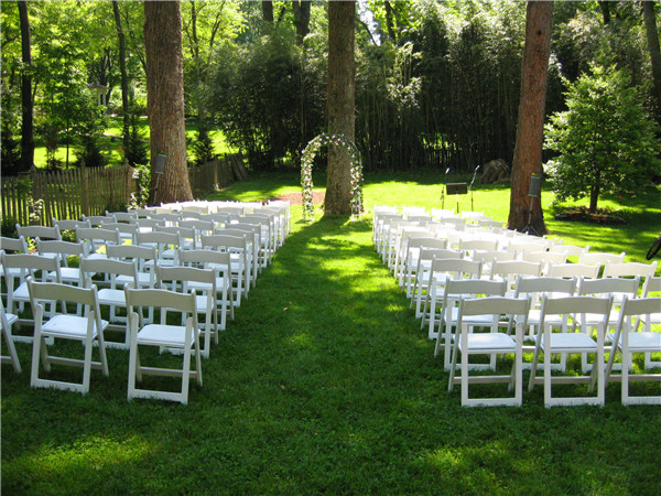 backyard wedding ideas 9