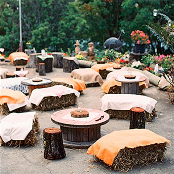 backyard wedding ideas 19