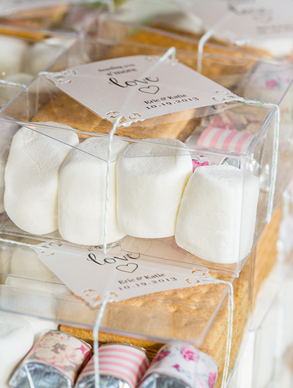25 Easy-to-Make DIY Wedding Favors