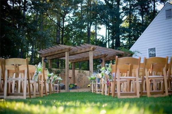 backyard wedding ideas 10