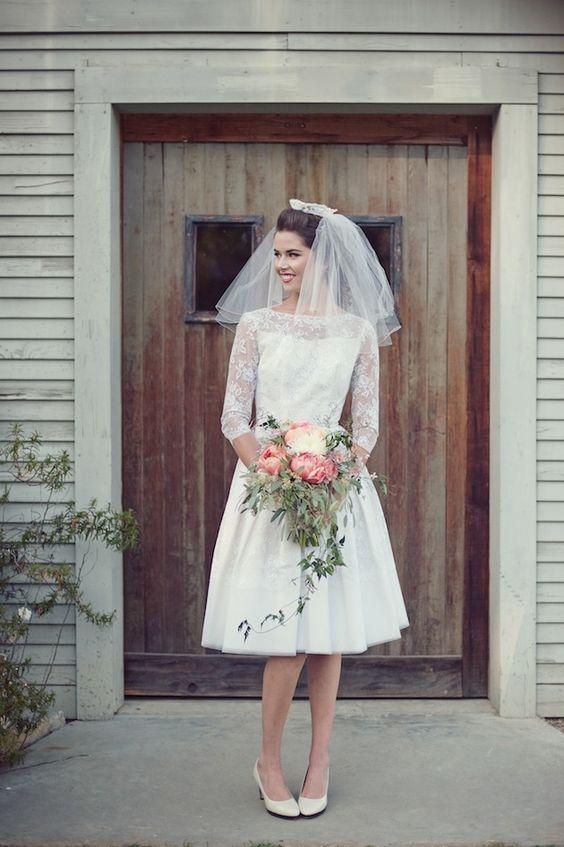 Vintage chic short bridal dresses