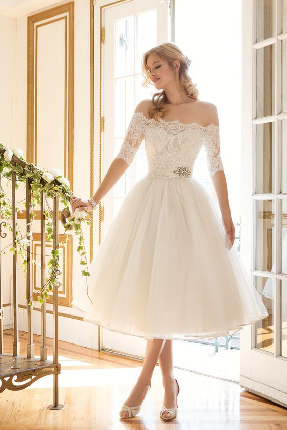 short dress wedding dress is perfect for a vintage garden wedding