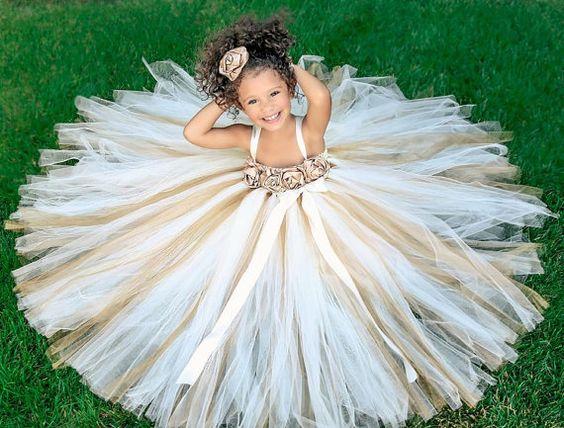 20+ Amazing Flower Girl Dresses