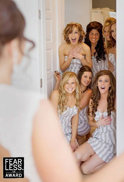 Do a First Look with the bridesmaids!