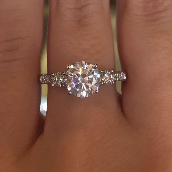 Engagement rings from Designers & Diamonds Blog