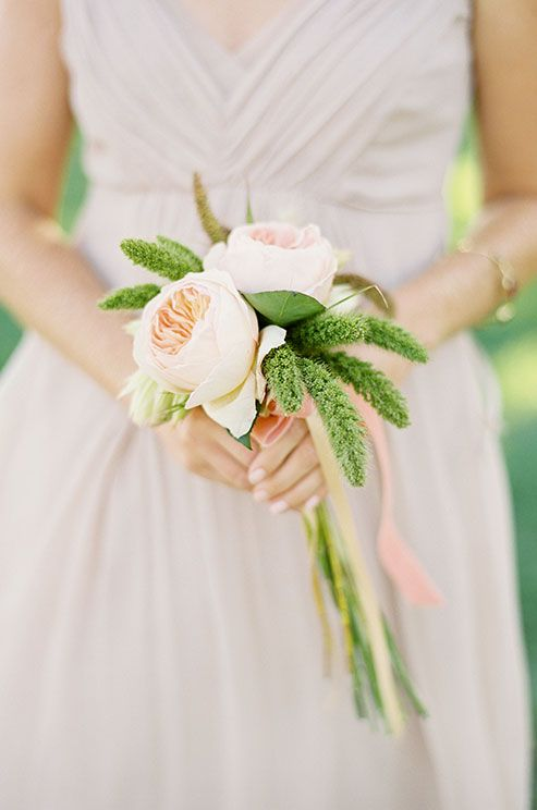 18 Adorable Small Wedding Bouquets For Your Big Day Weddinginclude