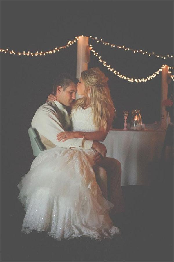 Bride groom night wedding photo