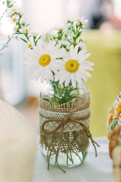 Burlap lace decor ideas for wedding