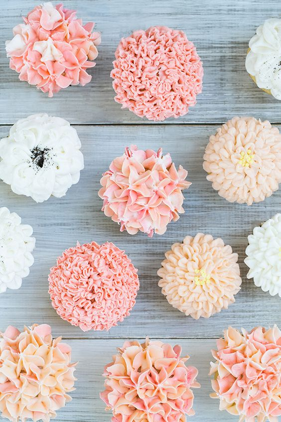 Floral Frosting Cupcakes Sugar and Charm