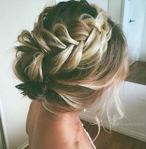 Gorgeous wedding braided hairstyle