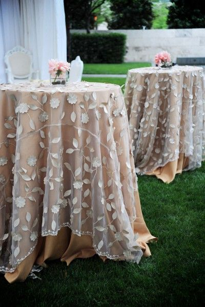 Great idea for my burlap and lace wedding decorations