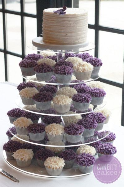 hydrangea cupcake tower