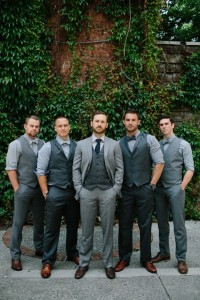 Awesome Groomsmen Photos ~ we love this