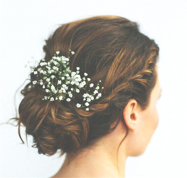 Babies breath is always pertect for wedding updo