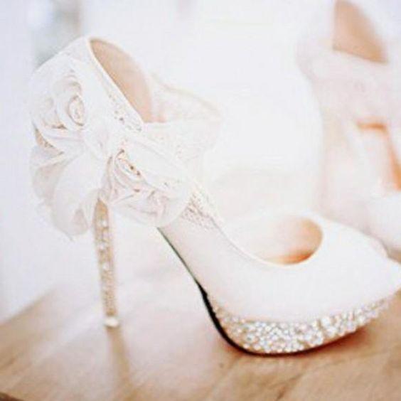Beautiful white wedding shoes ideas