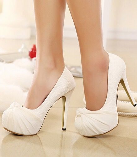 Classy Bow Design White High Heel Wedding Shoes