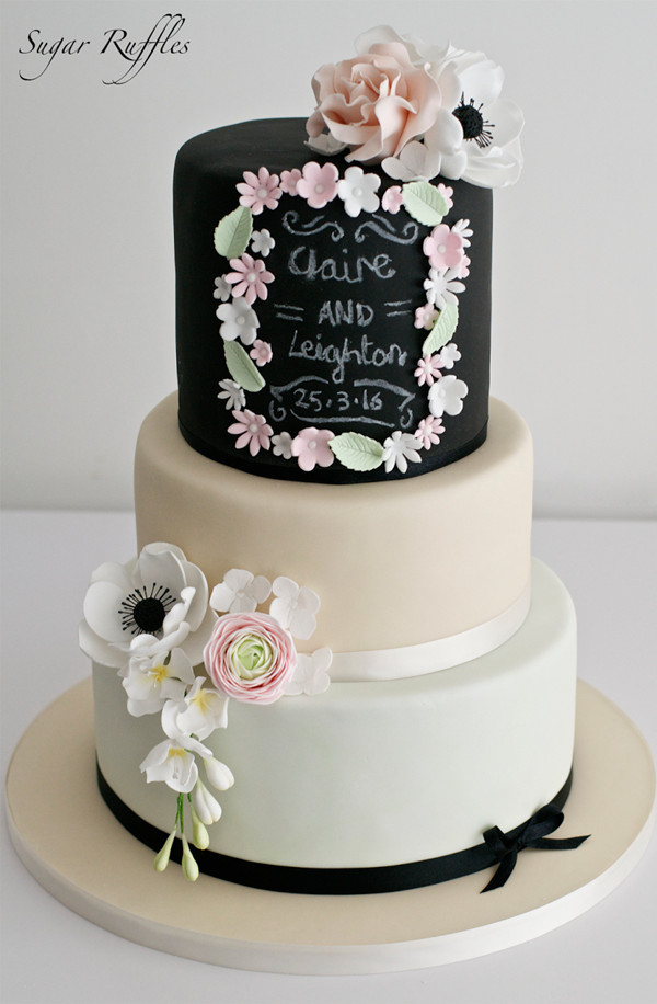 Creative chalkboard wedding cake ideas