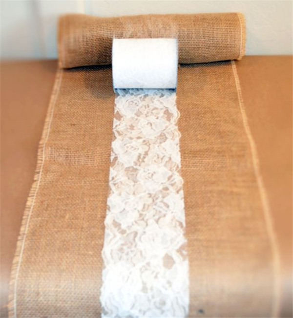 DIY your own burlap and lace table runners