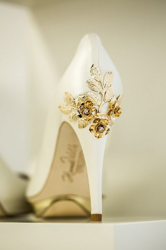 Harriet Wilde White Wedding Shoes Photography by naomikenton